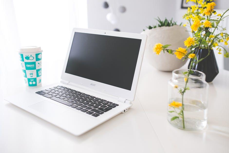 Software Research and Development - Kako Postati Programer - Acer Laptop